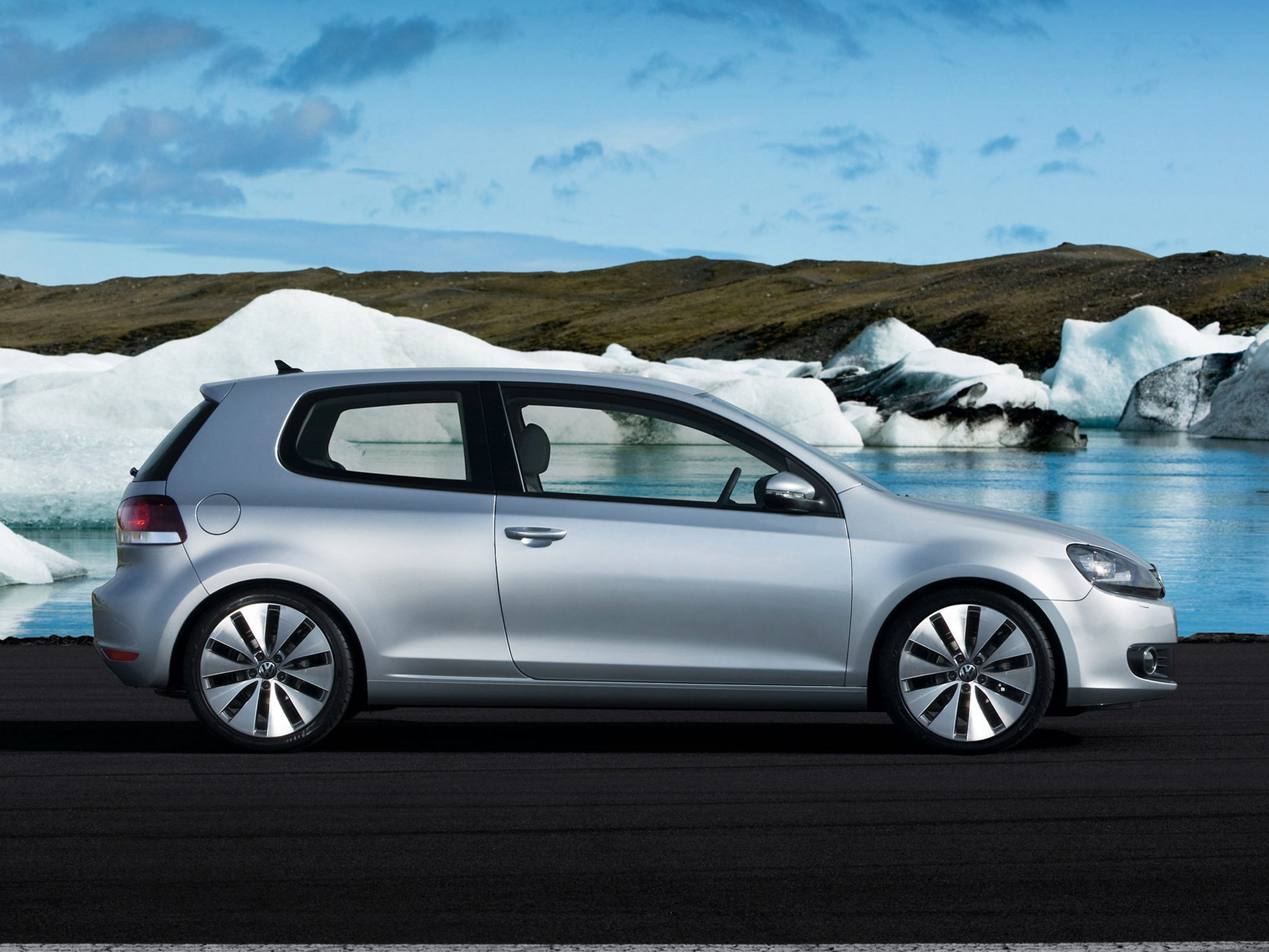 VW Golf Coupe image #18