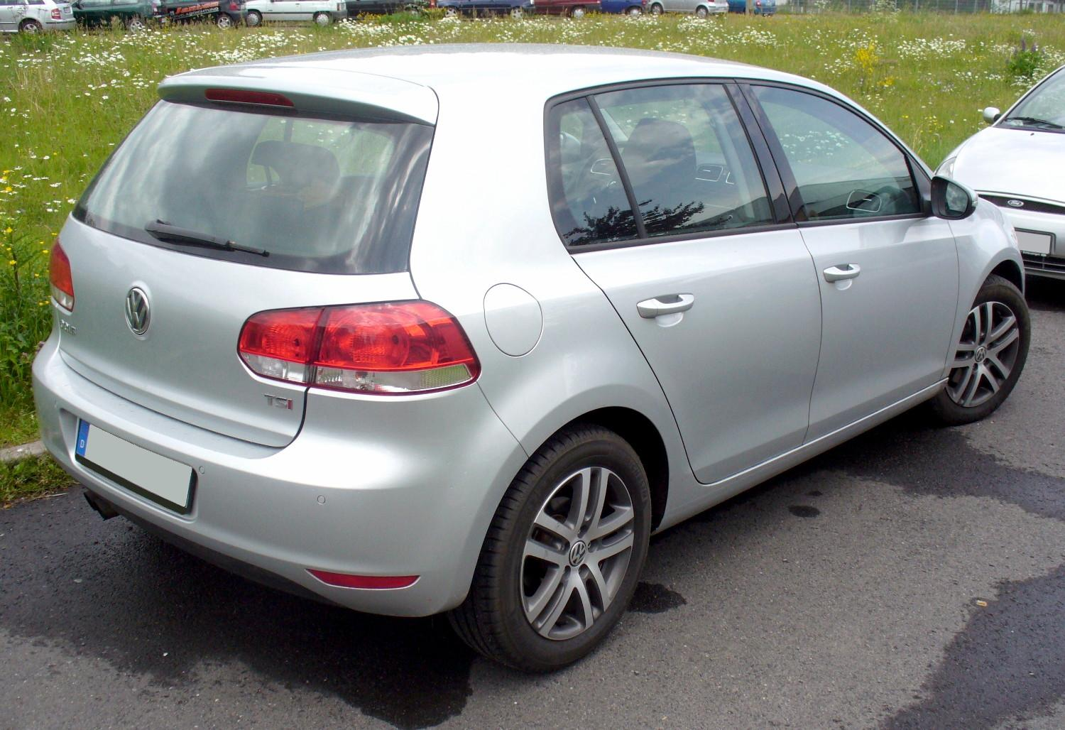 VW Golf GT 1.4 TSI photo 03