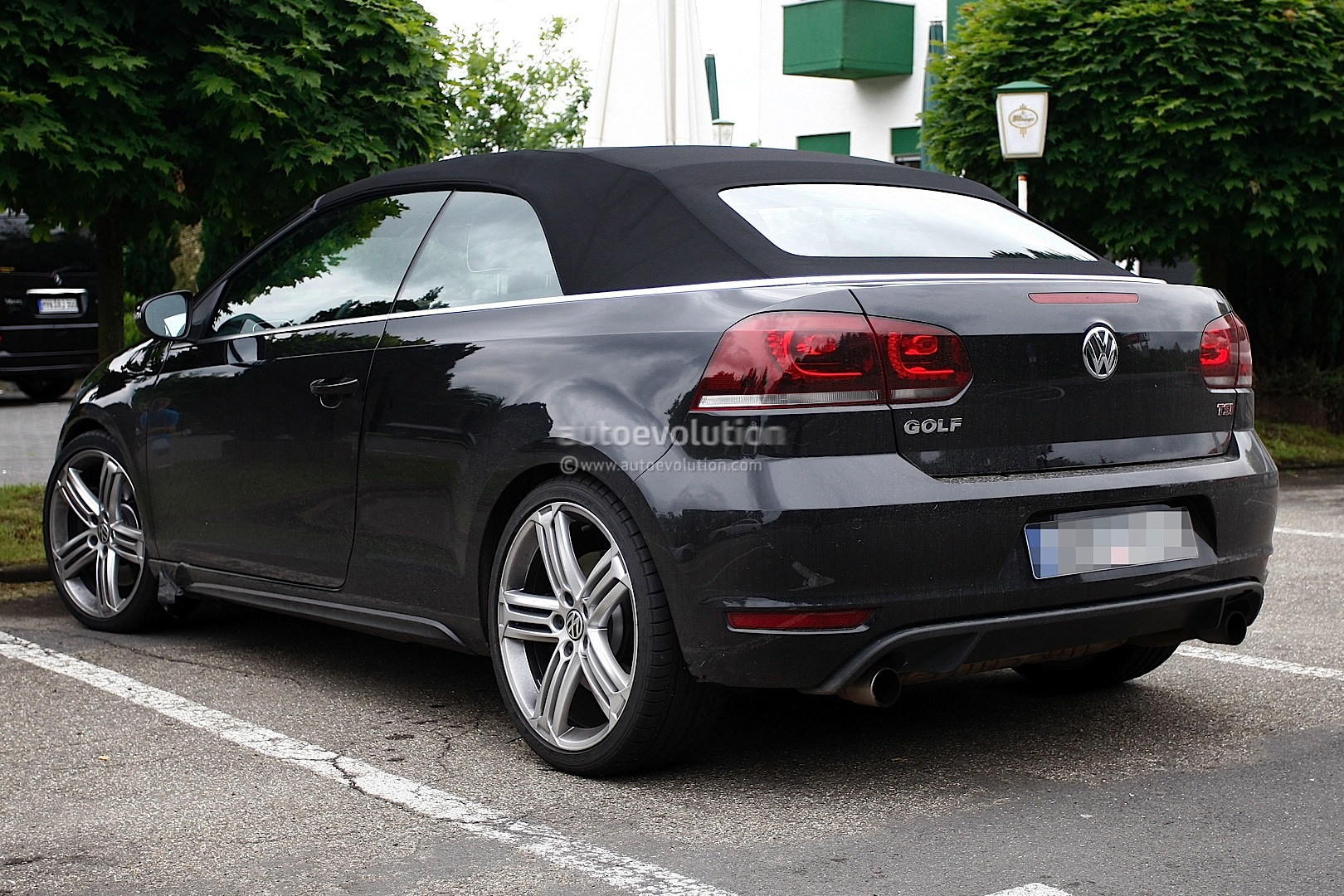 vw golf r cabrio image 3. Black Bedroom Furniture Sets. Home Design Ideas