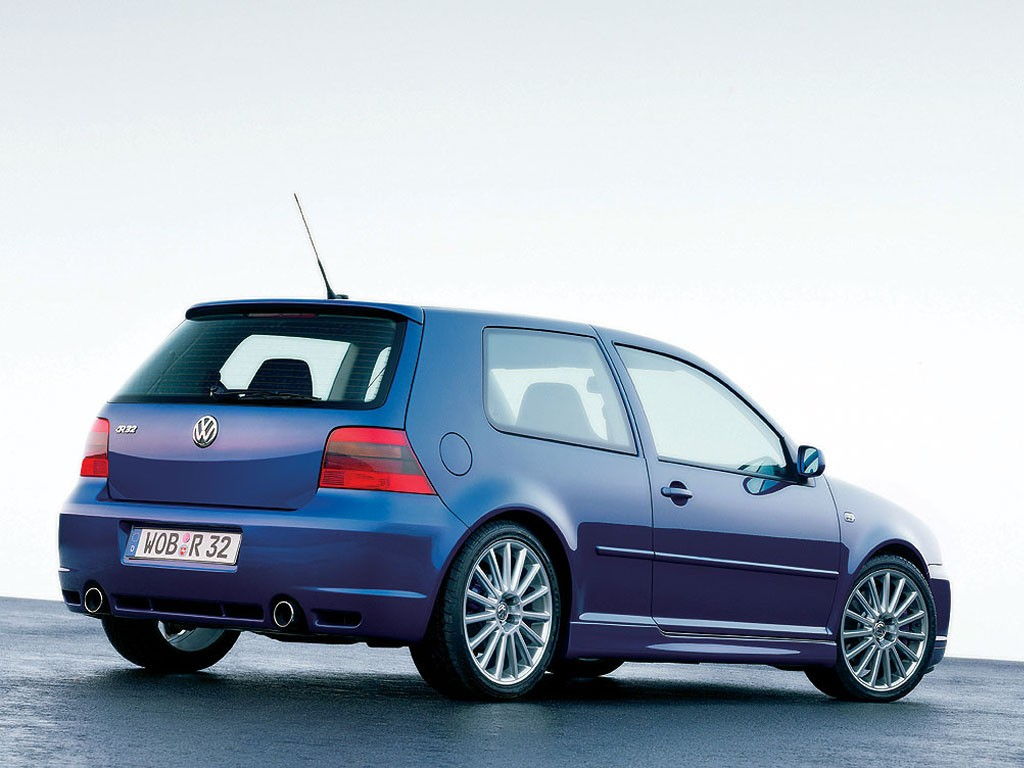 VW Golf R32 photo 10