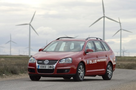 VW Golf Variant BlueMotion image #10