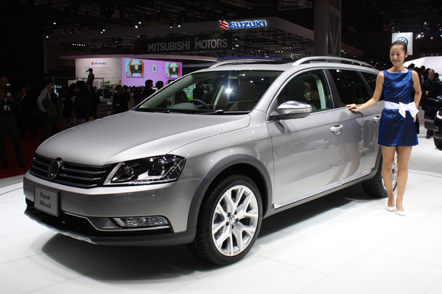VW Passat Alltrack photo 02