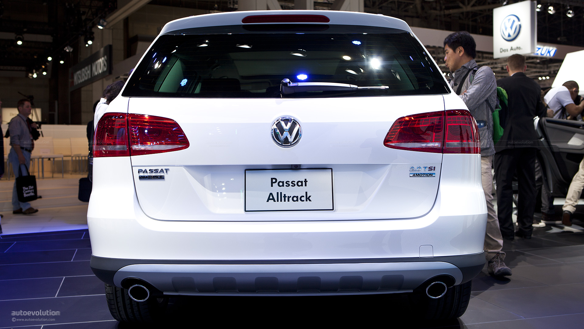 VW Passat Alltrack photo 14