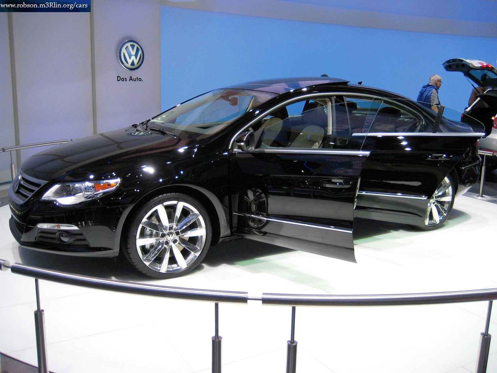 VW Passat Coupe photo 11