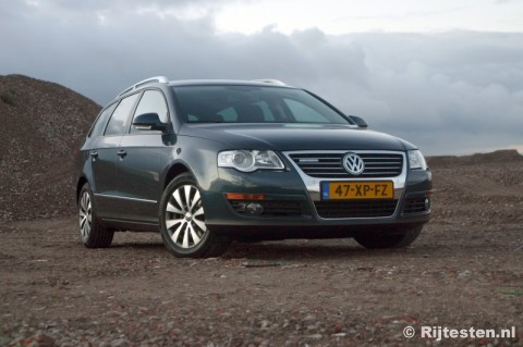 vw passat variant bluemotion photos 4 on better parts ltd. Black Bedroom Furniture Sets. Home Design Ideas