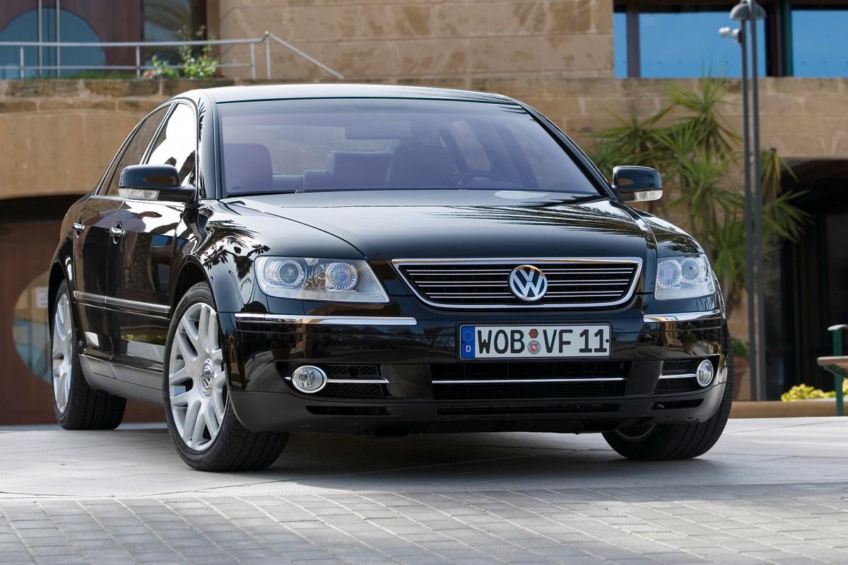 VW Phaeton V10 TDI 50 technical details history photos on