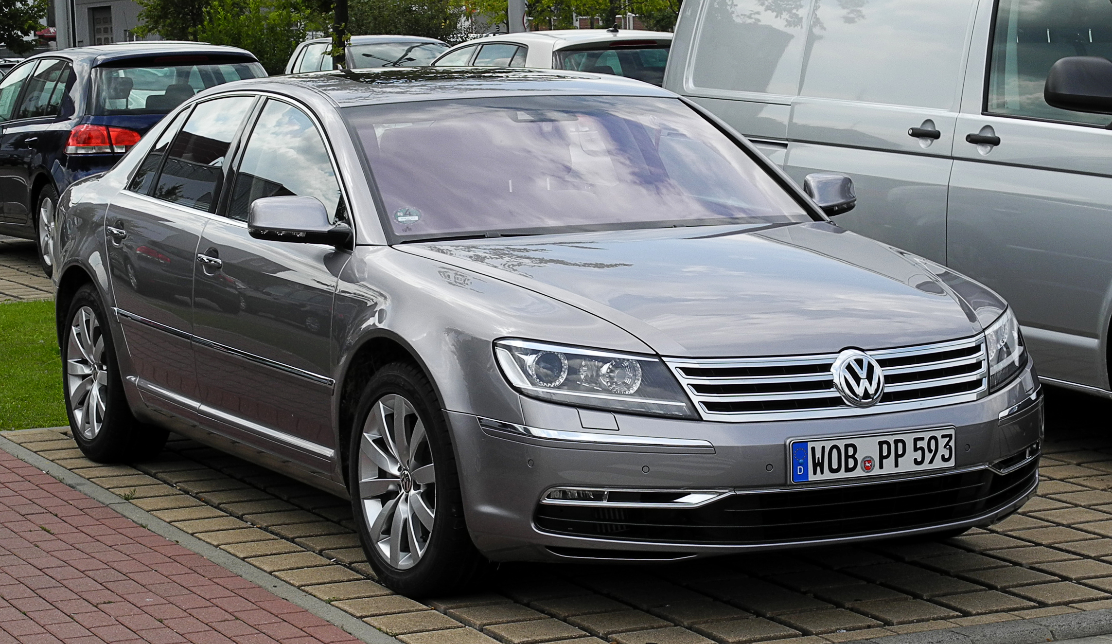 VW Phaeton V6 TDI 3.0 photo 01
