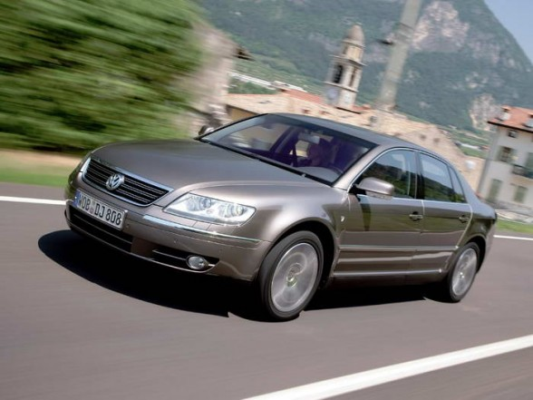 VW Phaeton W12 6.0 photo 01
