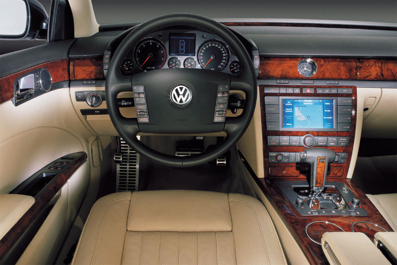 VW Phaeton W12 6.0 photo 04