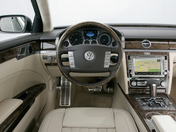 VW Phaeton W12 6.0 photo 09