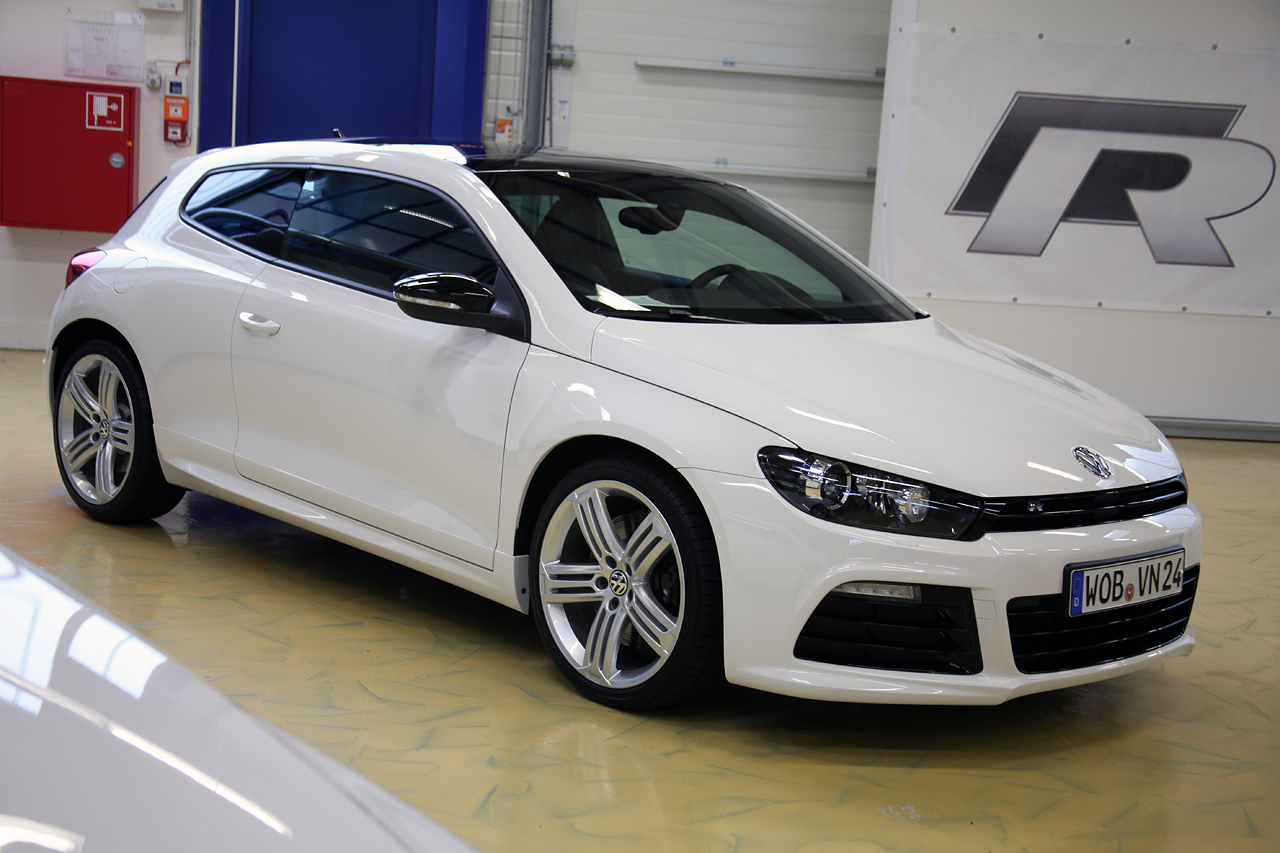 VW Scirocco photo 13