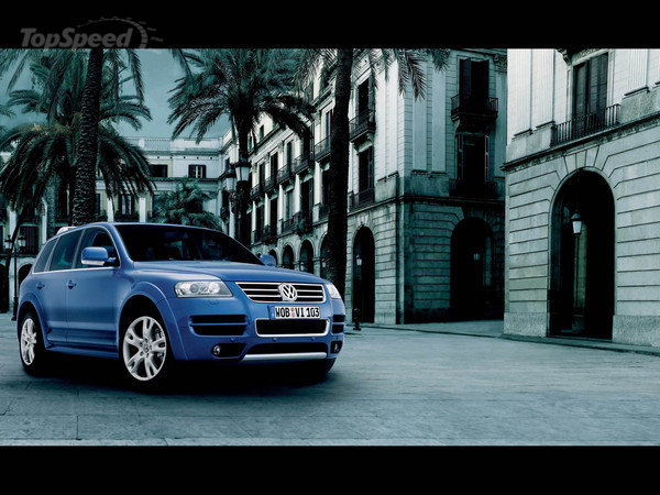 VW Touareg W12 Executive photo 04