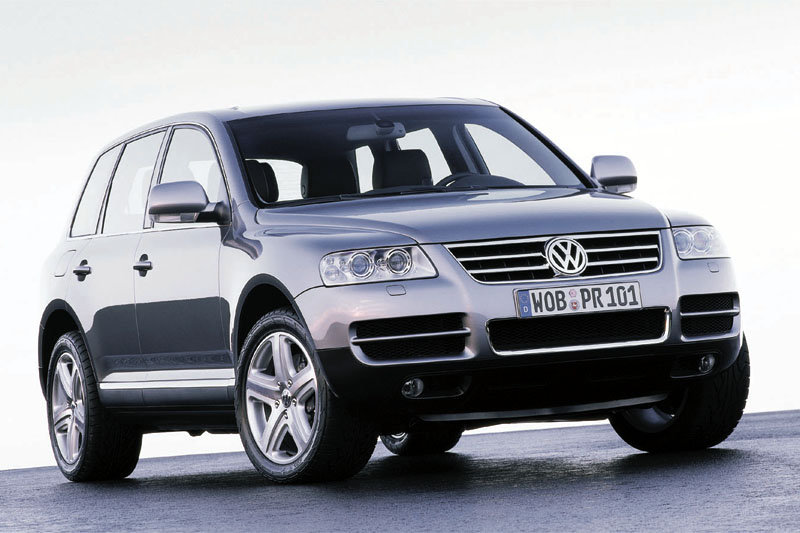 VW Touareg W12 Executive photo 05