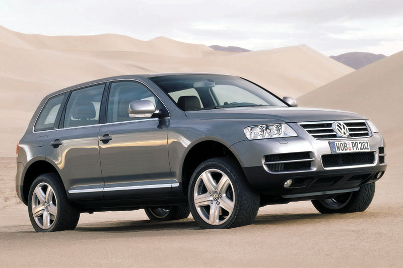VW Touareg W12 Executive photo 06