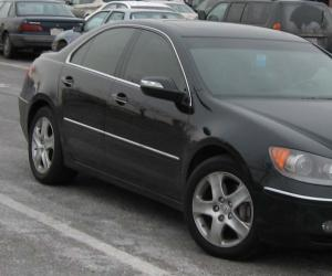 Acura RL photo 1