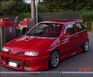 Alfa-Romeo 145 photo 9