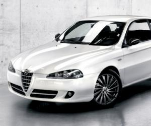 Alfa-Romeo 147 AMICA photo 4