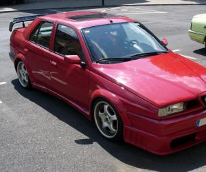 Alfa-Romeo 155 photo 1