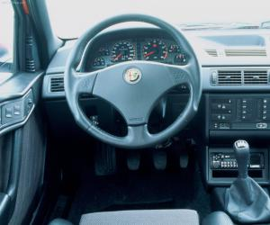Alfa-Romeo 155 photo 2