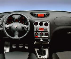 Alfa-Romeo 156 photo 3