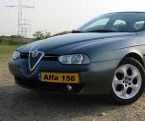 Alfa-Romeo 156 photo 4