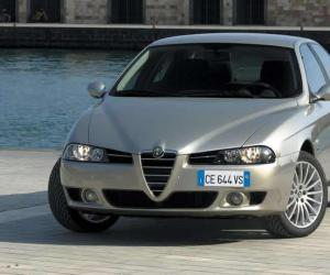 Alfa-Romeo 156 photo 8