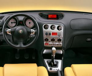 Alfa-Romeo 156 photo 11