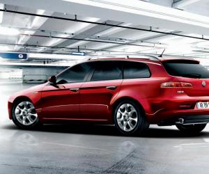 Alfa-Romeo 159 Sportwagon photo 13