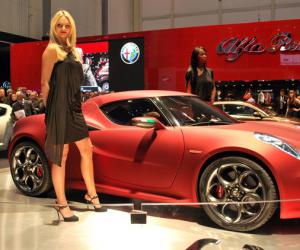 Alfa-Romeo 4C photo 8