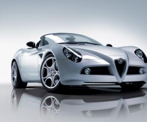 Alfa-Romeo 8C Spider photo 7