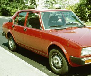 Alfa-Romeo Alfetta photo 1