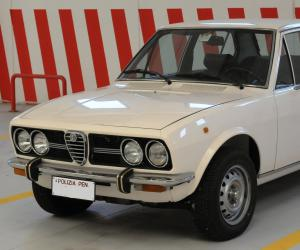 Alfa-Romeo Alfetta photo 3