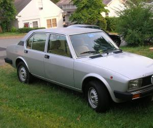Alfa-Romeo Alfetta photo 6