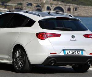 Alfa-Romeo Giulietta Sportwagon photo 10