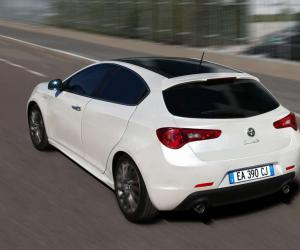 Alfa-Romeo Giulietta Sportwagon photo 14