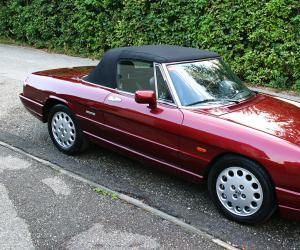 Alfa-Romeo Spider photo 1