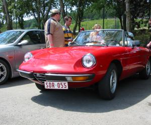 Alfa-Romeo Spider photo 5