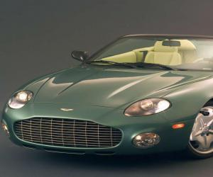Aston-Martin AR1 photo 13