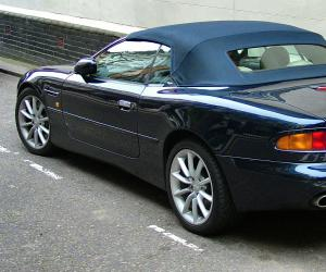 Aston-Martin DB7 photo 2