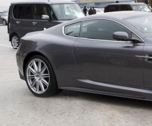 Aston-Martin DBS photo 6