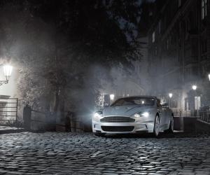 Aston-Martin DBS photo 7