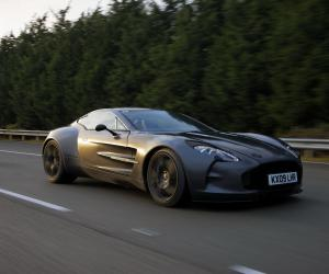 Aston-Martin One 77 photo 12