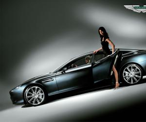 Aston-Martin Rapide photo 2