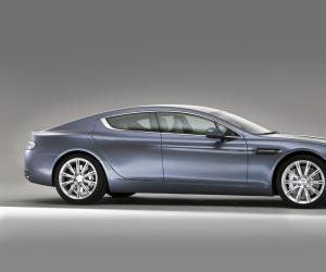 Aston-Martin Rapide photo 11
