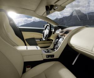 Aston-Martin Rapide photo 17