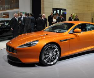 Aston-Martin Virage photo 2