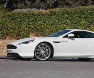 Aston-Martin Virage photo 4