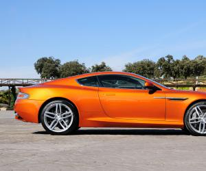 Aston-Martin Virage photo 8