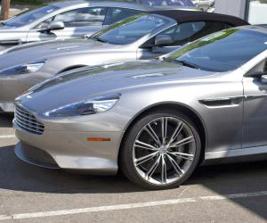 Aston-Martin Virage photo 12
