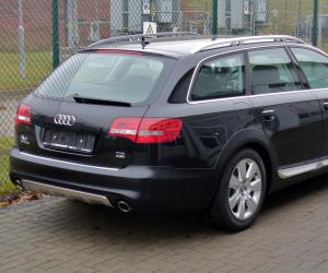 Audi A6 allroad photo 16